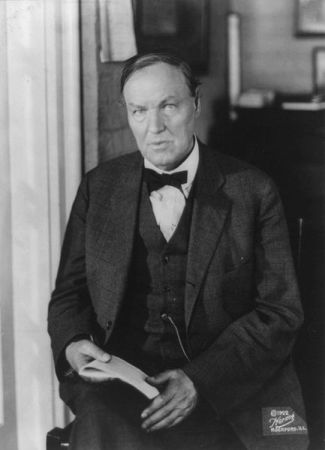 Clarence Darrow defense attorney in Iroquois Theater case